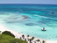 På Aruba finner du nogle af Caribiens smukkeste strande.