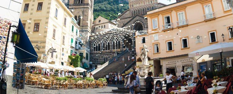 Torg vid Amalfi