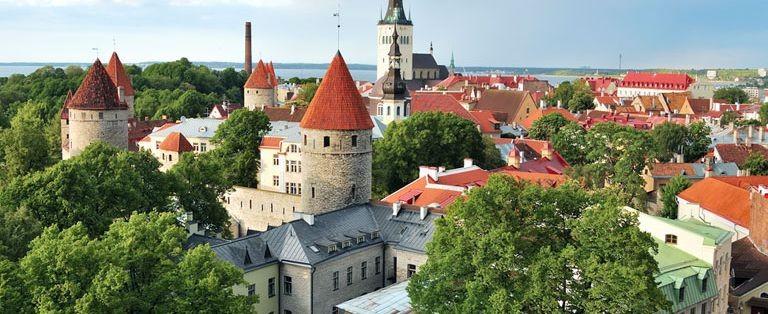 Vy över Tallins gamla stadsdelar