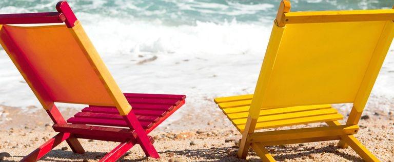 Solstolar och strand Blanes