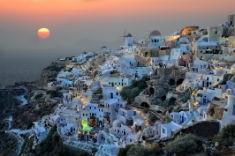 Santorini - Stad med solnedgång 235x156