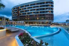 Vind et ophold på Michell Hotel
