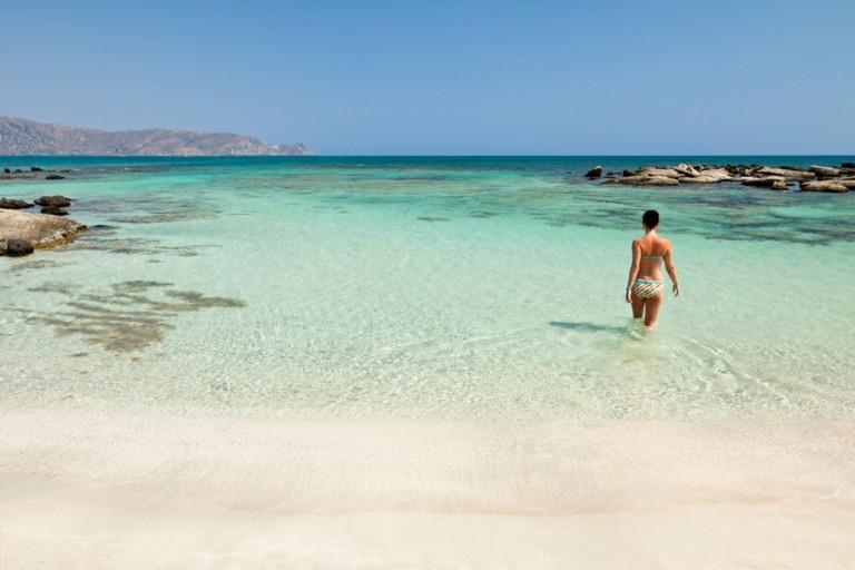 Noen steder på Kreta er vannet like klart som i Karibien.