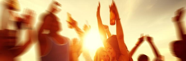 Party Beach 768x250