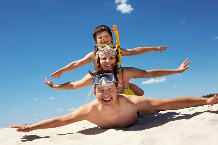 kreta-beach-family_72793381